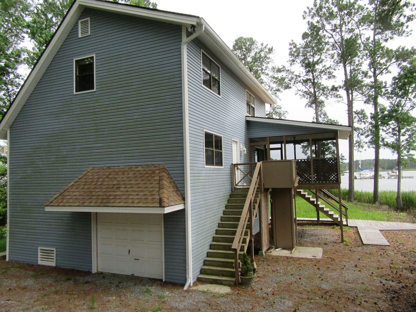 Property for sale at 1020 Fork Point Road, Oriental,  NC 28571