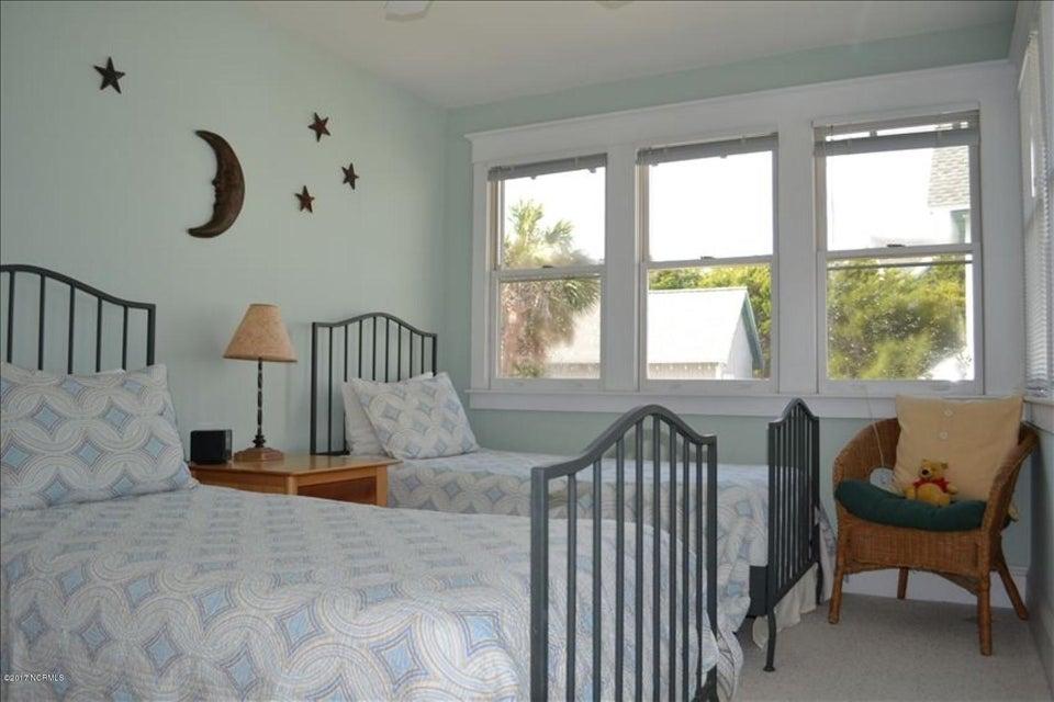 BHI (Bald Head Island) Real Estate - http://cdn.resize.sparkplatform.com/ncr/1024x768/true/20170602184838886093000000-o.jpg