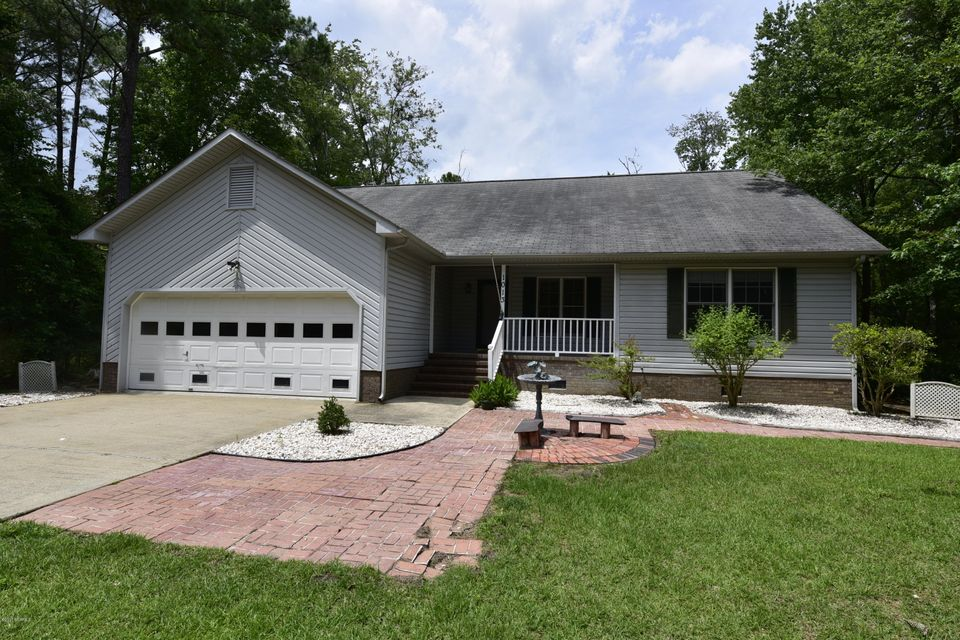 1013 Harbour Pointe Drive, New Bern, NC 28560