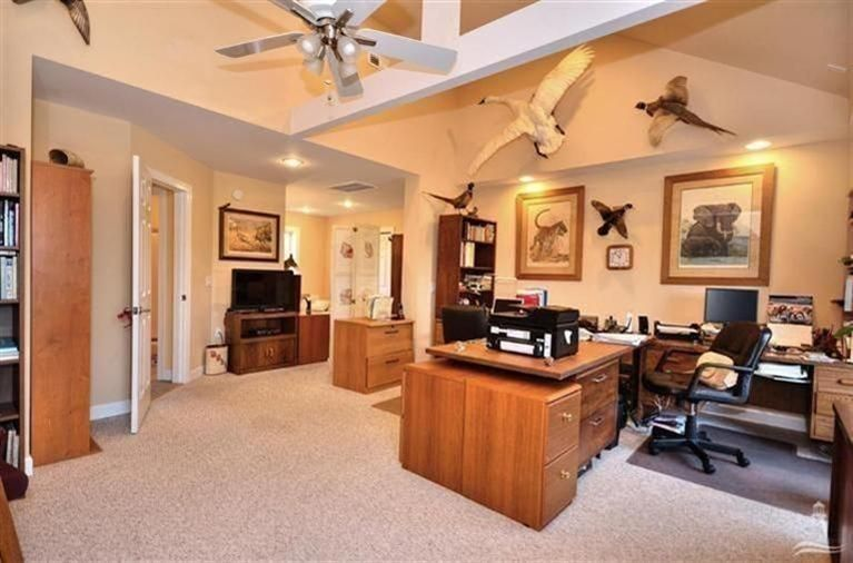 Turtle Creek Real Estate - http://cdn.resize.sparkplatform.com/ncr/1024x768/true/20170605021904075934000000-o.jpg