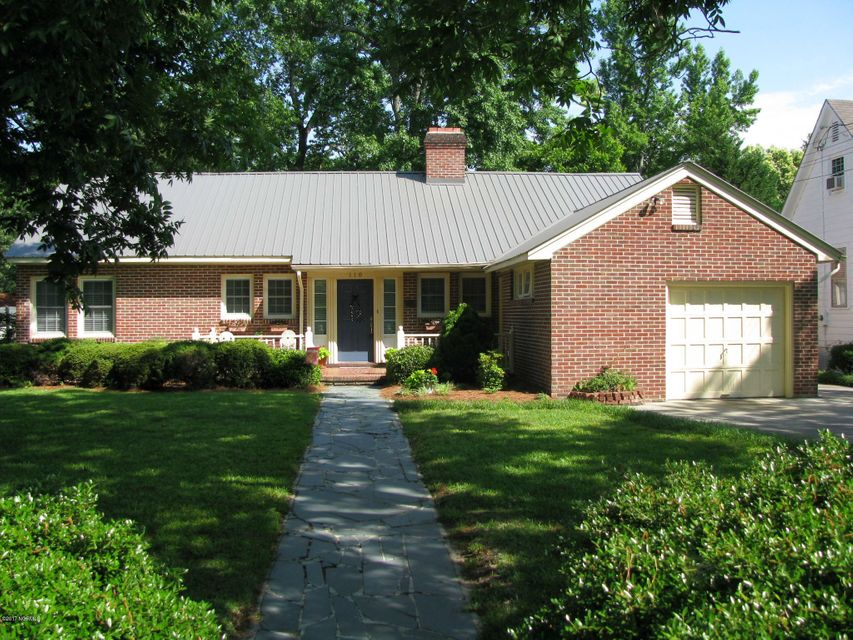 Property for sale at 110 W Grace Street, Williamston,  NC 27892