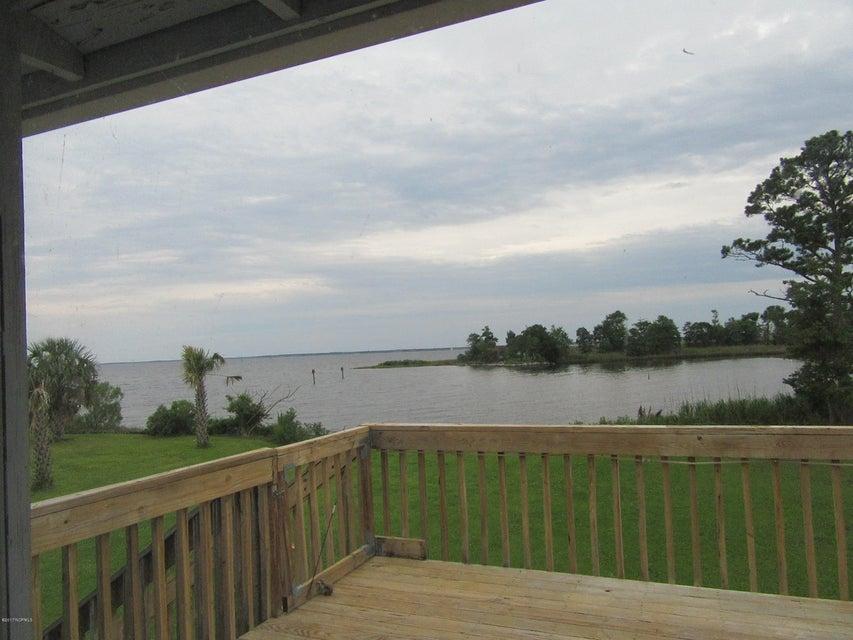 48 Windmill Point Road,Oriental,North Carolina,3 Bedrooms Bedrooms,6 Rooms Rooms,1 BathroomBathrooms,Single family residence,Windmill Point,100065212