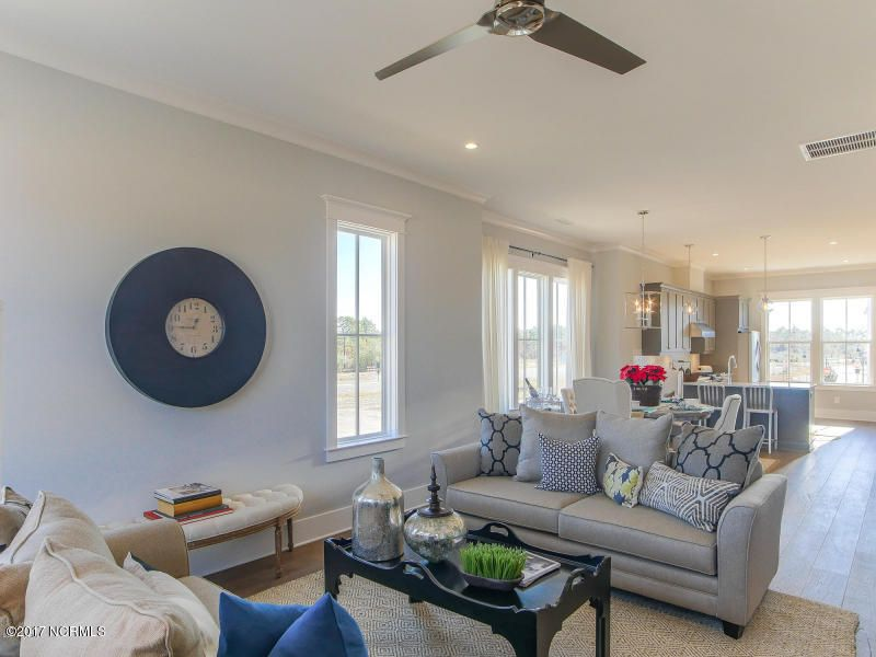 Riverlights Marina Village Real Estate - http://cdn.resize.sparkplatform.com/ncr/1024x768/true/20170608204631497610000000-o.jpg