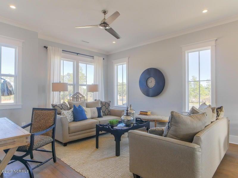 Riverlights Marina Village Real Estate - http://cdn.resize.sparkplatform.com/ncr/1024x768/true/20170608204633106597000000-o.jpg