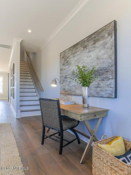 Riverlights Marina Village Real Estate - http://cdn.resize.sparkplatform.com/ncr/1024x768/true/20170608204643146447000000-o.jpg