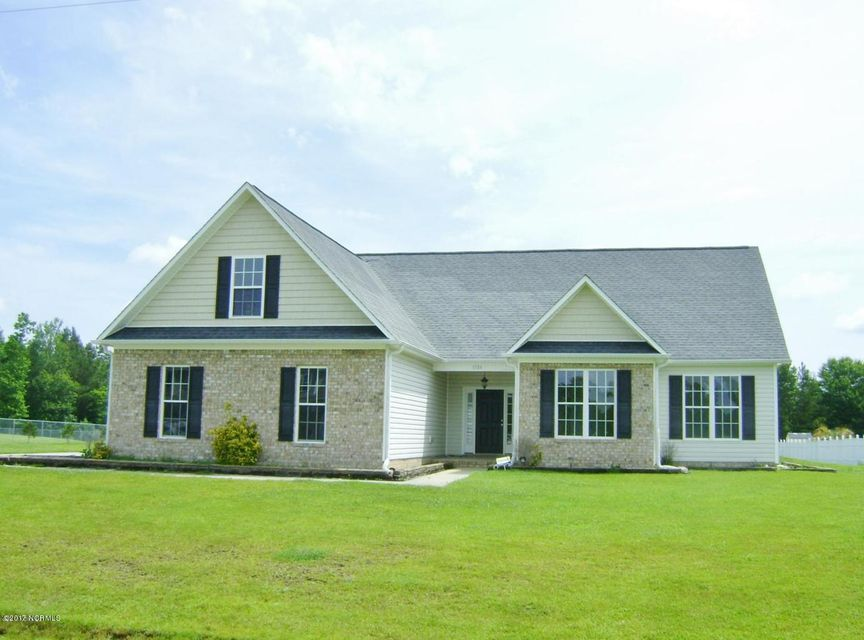 1304 N Stage Coach Trail, Jacksonville, NC 28546