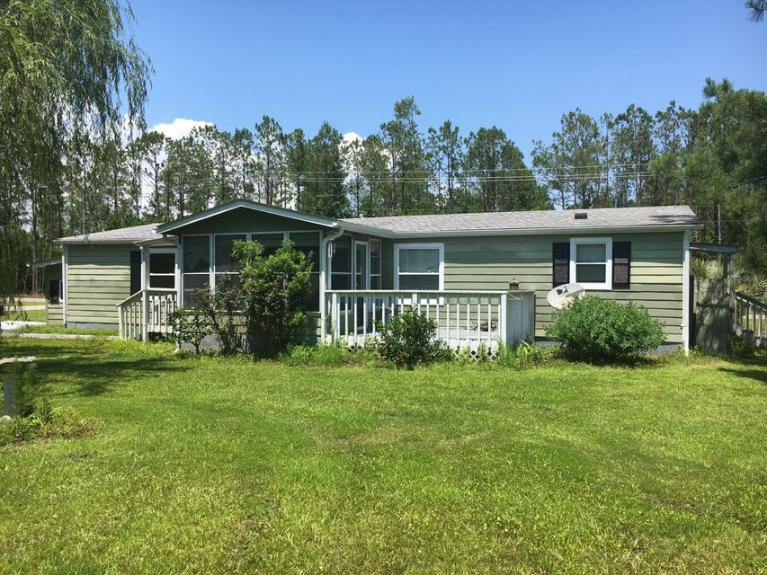 410 Ensign Court, Hampstead, NC 28443