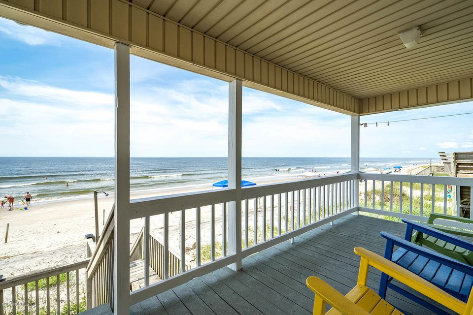 727 W Beach Drive Oak Island, NC 28465