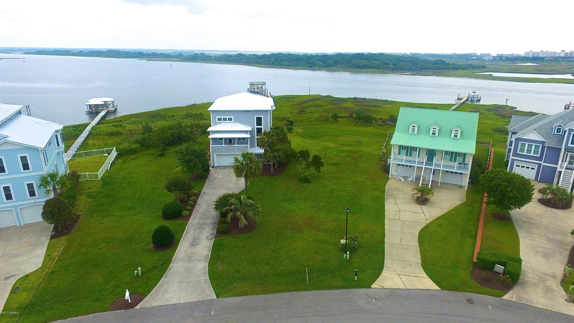176 Big Hammock Point Road, Sneads Ferry, NC 28460