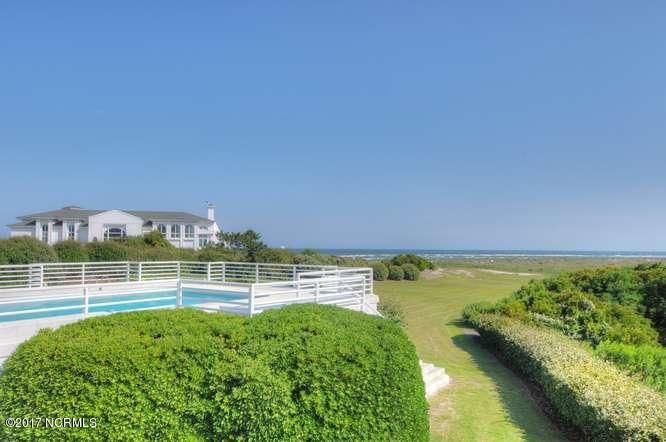 Figure Eight Island Real Estate - http://cdn.resize.sparkplatform.com/ncr/1024x768/true/20170615223613098996000000-o.jpg