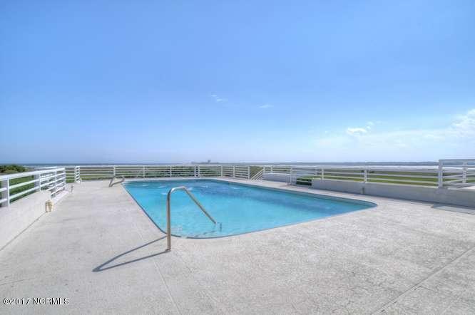Figure Eight Island Real Estate - http://cdn.resize.sparkplatform.com/ncr/1024x768/true/20170615223613988484000000-o.jpg