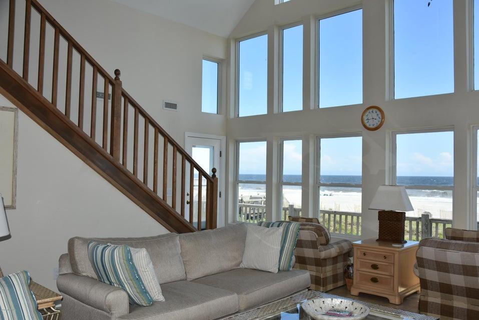 Rhoda McMillan Real Estate - http://cdn.resize.sparkplatform.com/ncr/1024x768/true/20170616222056600391000000-o.jpg