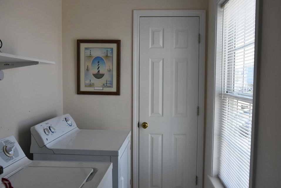 Rhoda McMillan Real Estate - http://cdn.resize.sparkplatform.com/ncr/1024x768/true/20170616222139379957000000-o.jpg