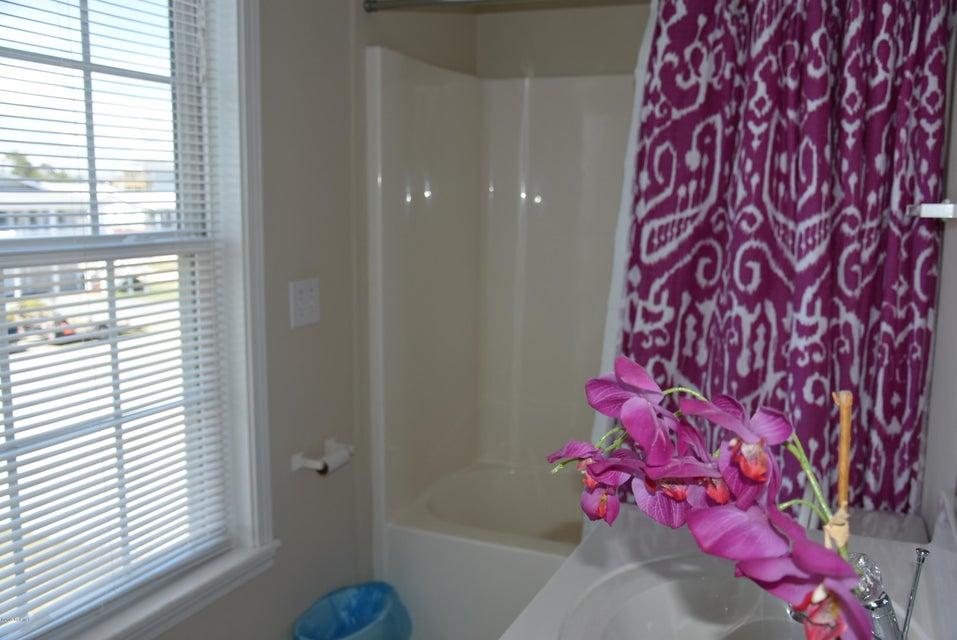 Rhoda McMillan Real Estate - http://cdn.resize.sparkplatform.com/ncr/1024x768/true/20170616222200150963000000-o.jpg