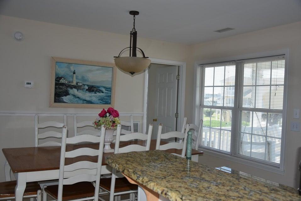Rhoda McMillan Real Estate - http://cdn.resize.sparkplatform.com/ncr/1024x768/true/20170616222214652358000000-o.jpg