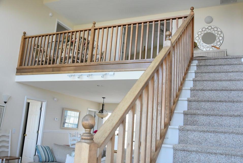 Rhoda McMillan Real Estate - http://cdn.resize.sparkplatform.com/ncr/1024x768/true/20170616222228723850000000-o.jpg