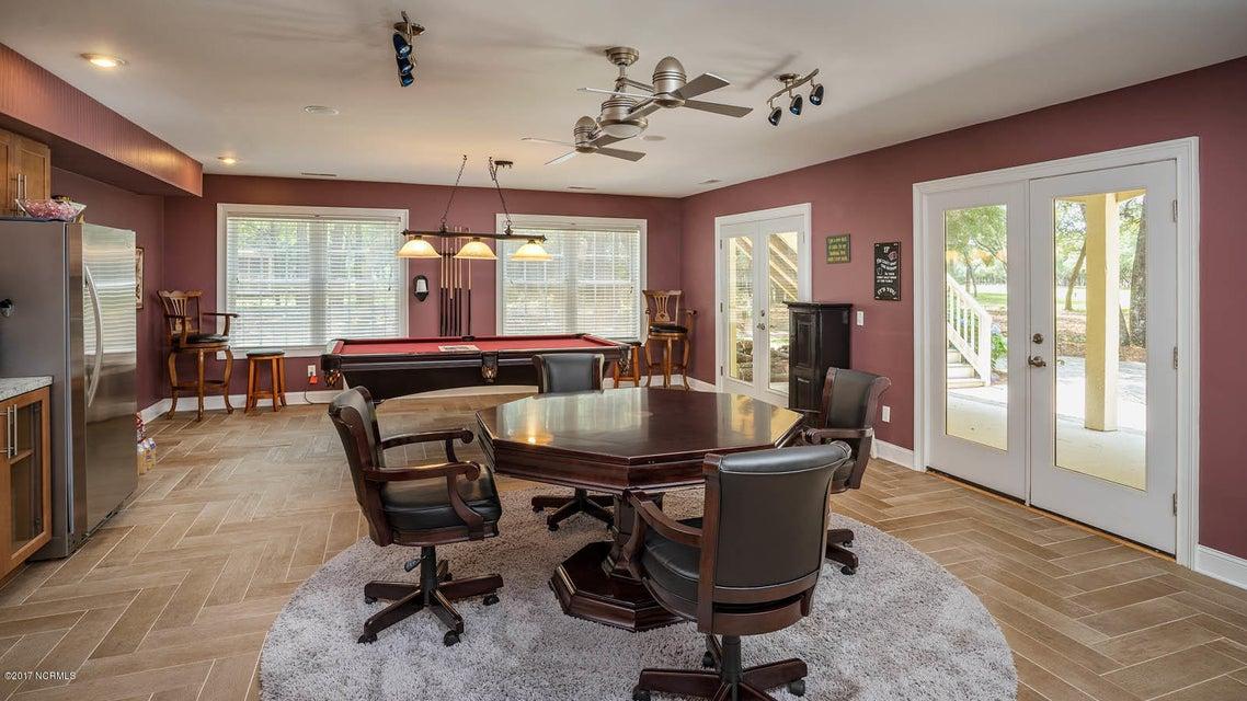 Oak Island Estates Real Estate - http://cdn.resize.sparkplatform.com/ncr/1024x768/true/20170617173056449689000000-o.jpg