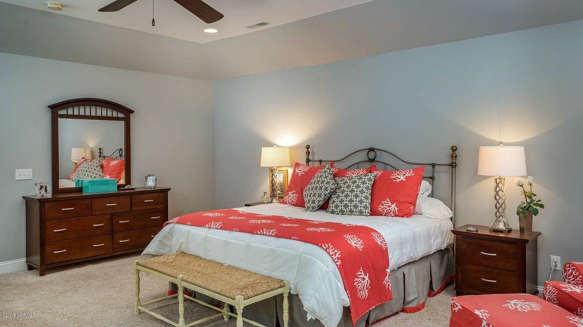 Oak Island Estates Real Estate - http://cdn.resize.sparkplatform.com/ncr/1024x768/true/20170617173145944680000000-o.jpg
