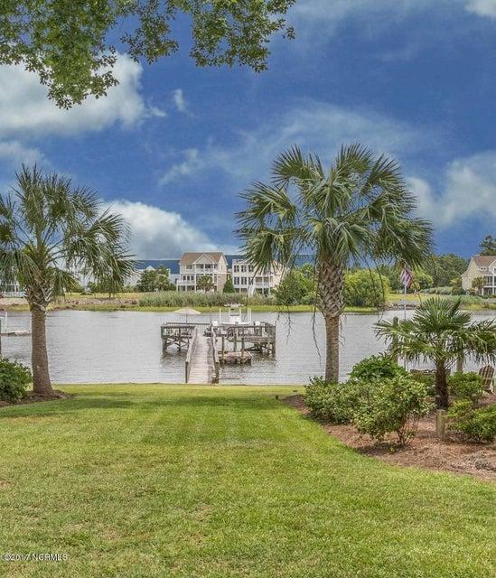 Tranquil Harbor Real Estate - http://cdn.resize.sparkplatform.com/ncr/1024x768/true/20170617220551893655000000-o.jpg