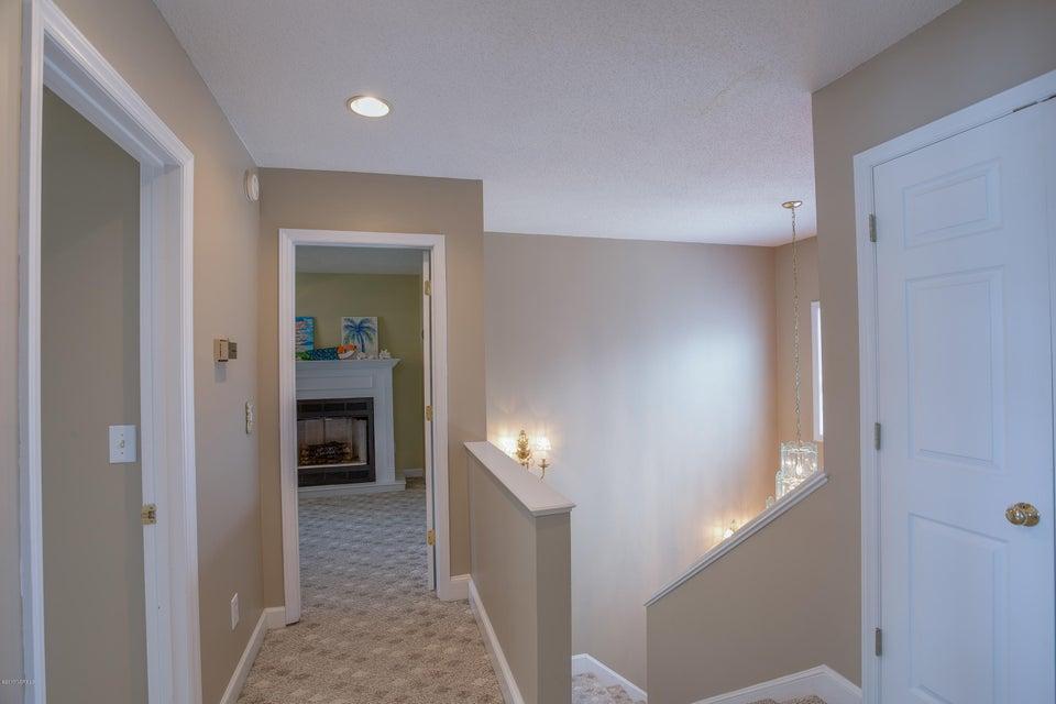 Tranquil Harbor Real Estate - http://cdn.resize.sparkplatform.com/ncr/1024x768/true/20170617223212556571000000-o.jpg
