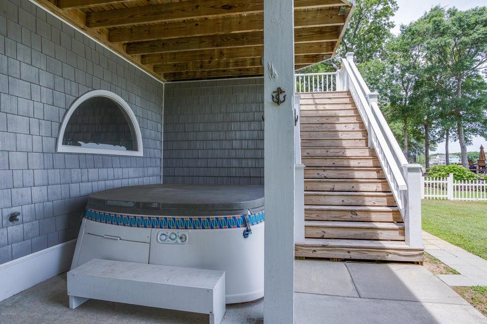 Tranquil Harbor Real Estate - http://cdn.resize.sparkplatform.com/ncr/1024x768/true/20170617223539436409000000-o.jpg