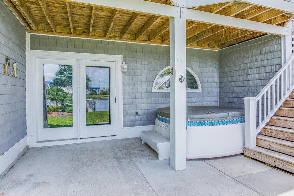 Tranquil Harbor Real Estate - http://cdn.resize.sparkplatform.com/ncr/1024x768/true/20170617223551098920000000-o.jpg