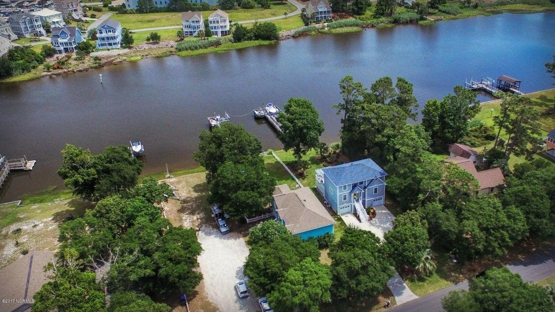 Tranquil Harbor Real Estate - http://cdn.resize.sparkplatform.com/ncr/1024x768/true/20170617223945609323000000-o.jpg