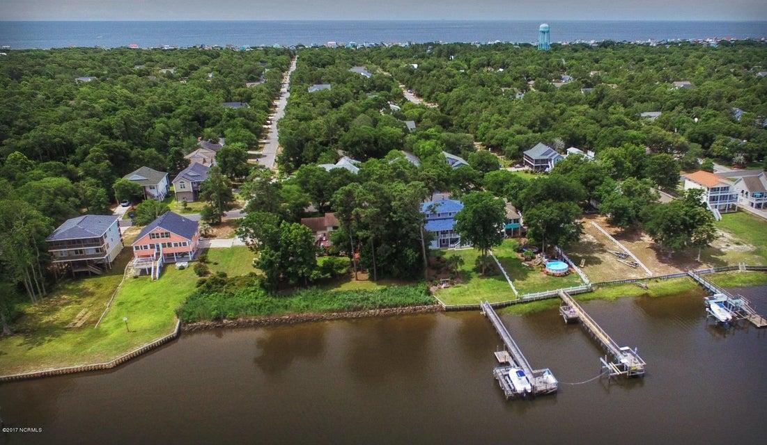 Tranquil Harbor Real Estate - http://cdn.resize.sparkplatform.com/ncr/1024x768/true/20170617223958586515000000-o.jpg