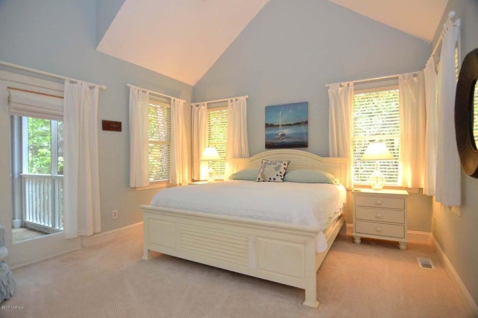 BHI (Bald Head Island) Real Estate - http://cdn.resize.sparkplatform.com/ncr/1024x768/true/20170620131242081687000000-o.jpg