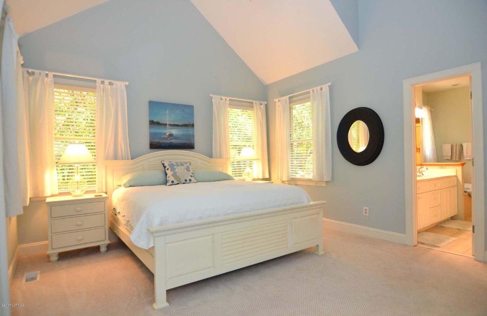 BHI (Bald Head Island) Real Estate - http://cdn.resize.sparkplatform.com/ncr/1024x768/true/20170620131245027238000000-o.jpg