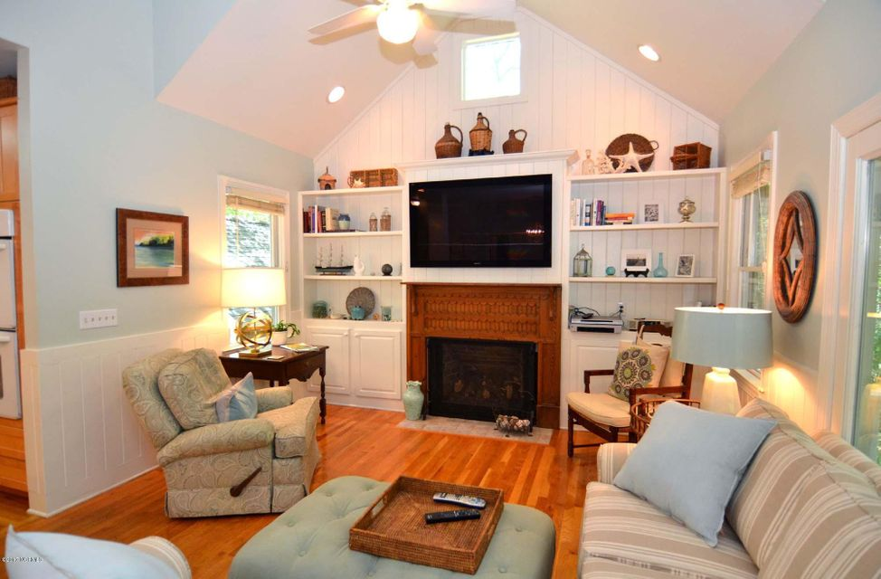 BHI (Bald Head Island) Real Estate - http://cdn.resize.sparkplatform.com/ncr/1024x768/true/20170620131304727861000000-o.jpg
