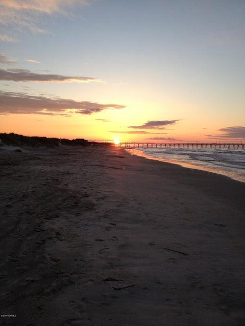 Sea Trail Plantation Real Estate - http://cdn.resize.sparkplatform.com/ncr/1024x768/true/20170620235600057387000000-o.jpg