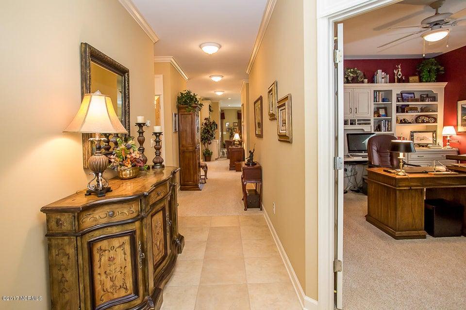 Ocean Ridge Real Estate - http://cdn.resize.sparkplatform.com/ncr/1024x768/true/20170623171033496880000000-o.jpg