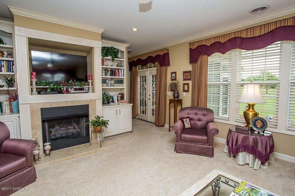 Ocean Ridge Real Estate - http://cdn.resize.sparkplatform.com/ncr/1024x768/true/20170623171153282917000000-o.jpg