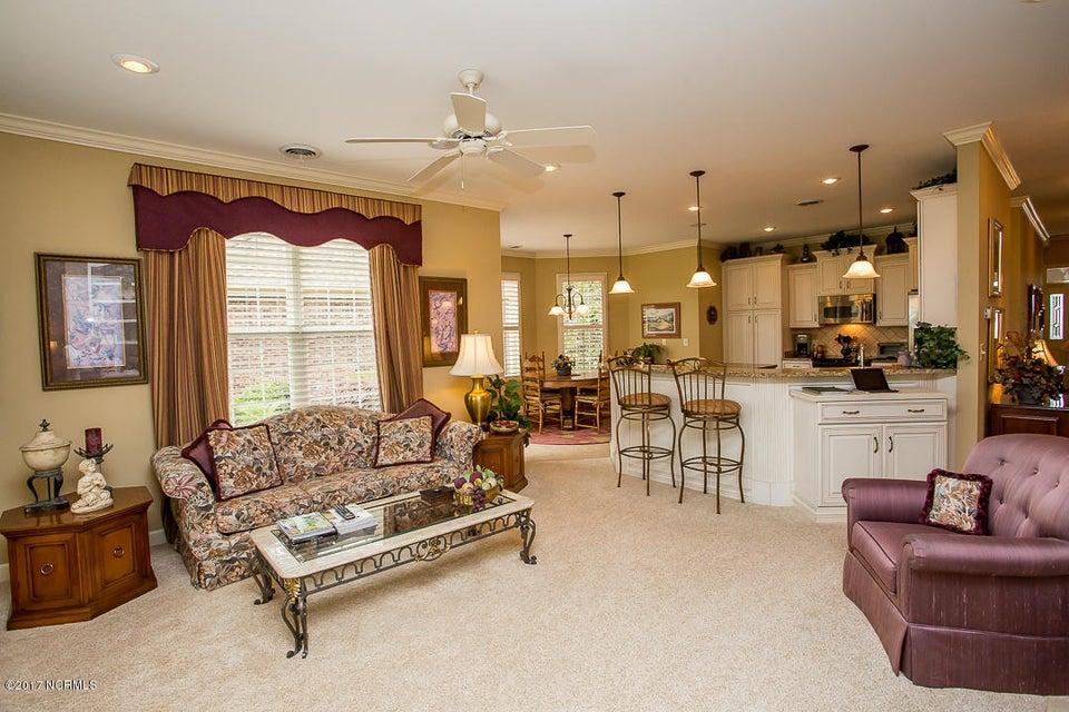 Ocean Ridge Real Estate - http://cdn.resize.sparkplatform.com/ncr/1024x768/true/20170623171231540859000000-o.jpg