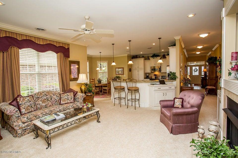 Ocean Ridge Real Estate - http://cdn.resize.sparkplatform.com/ncr/1024x768/true/20170623171233718335000000-o.jpg