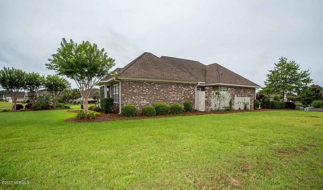 Ocean Ridge Real Estate - http://cdn.resize.sparkplatform.com/ncr/1024x768/true/20170623171324206930000000-o.jpg