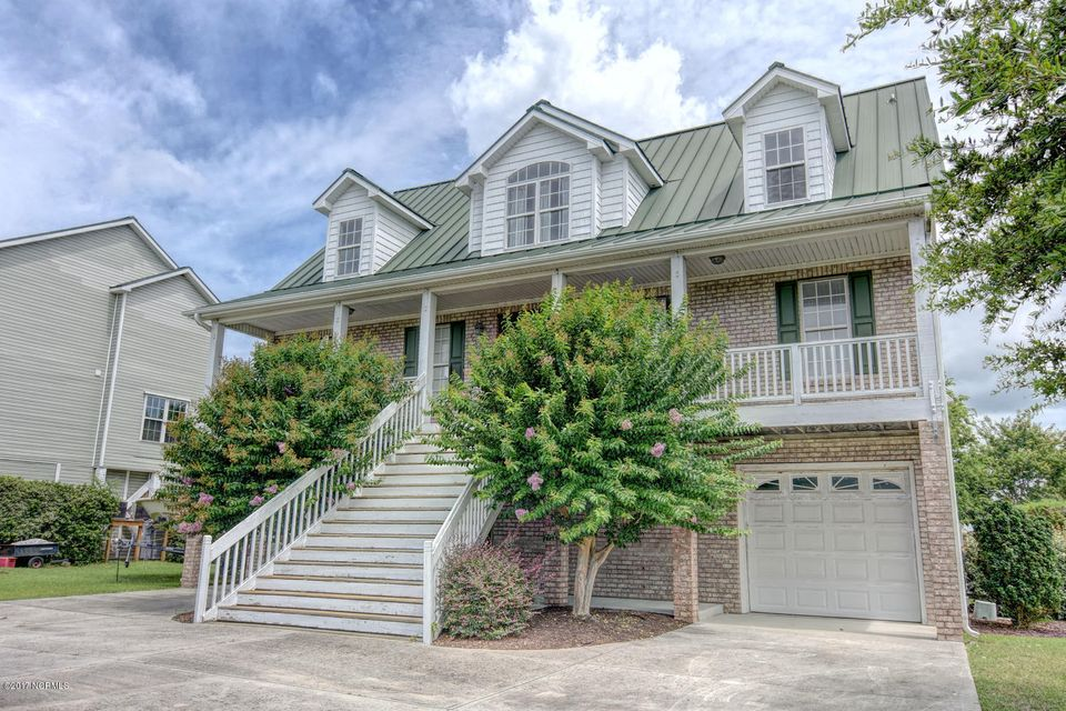 206 Shell Drive, Sneads Ferry, NC 28460