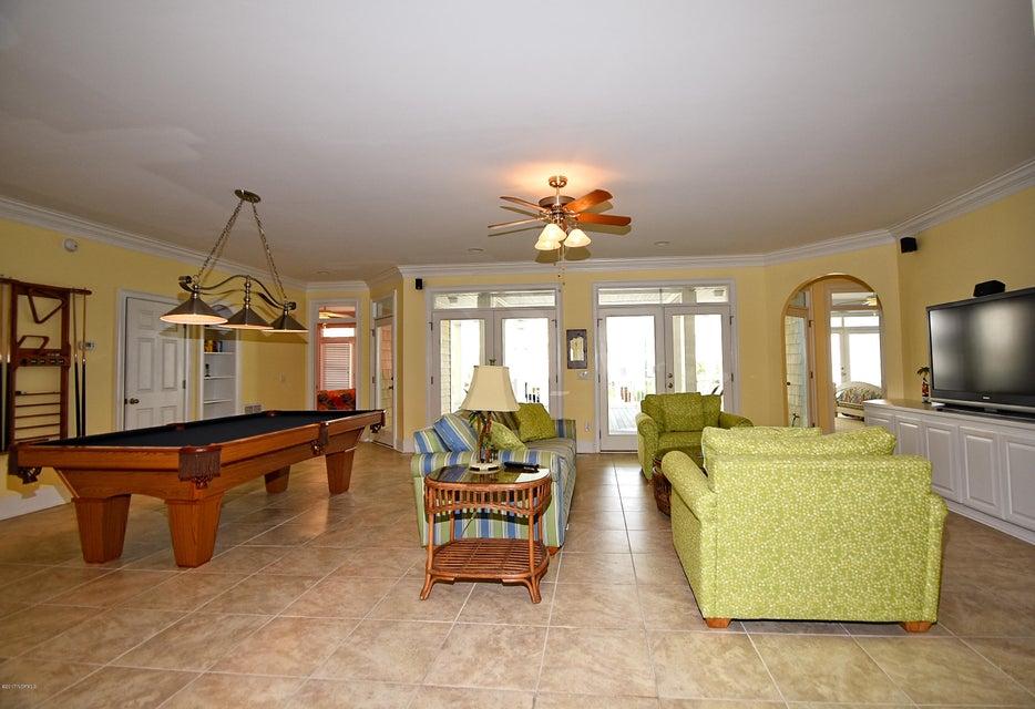 West Ocean Palms Real Estate - http://cdn.resize.sparkplatform.com/ncr/1024x768/true/20170623221741296222000000-o.jpg