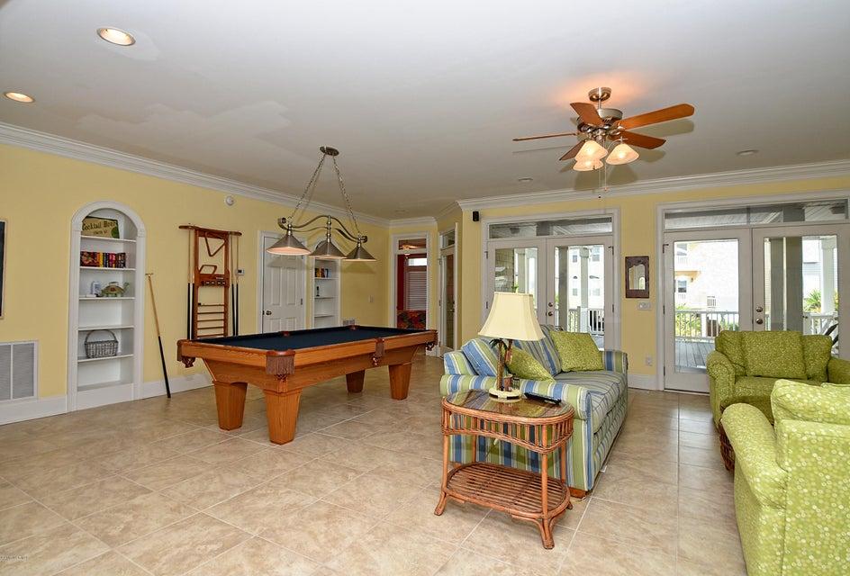 West Ocean Palms Real Estate - http://cdn.resize.sparkplatform.com/ncr/1024x768/true/20170623221907700873000000-o.jpg