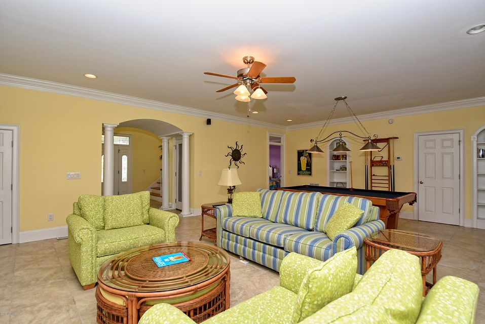 West Ocean Palms Real Estate - http://cdn.resize.sparkplatform.com/ncr/1024x768/true/20170623221954872623000000-o.jpg