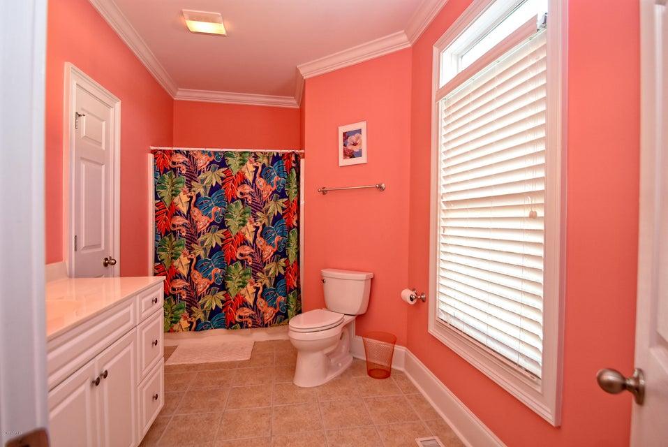 West Ocean Palms Real Estate - http://cdn.resize.sparkplatform.com/ncr/1024x768/true/20170623222517772498000000-o.jpg