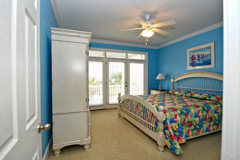 West Ocean Palms Real Estate - http://cdn.resize.sparkplatform.com/ncr/1024x768/true/20170623223504055251000000-o.jpg