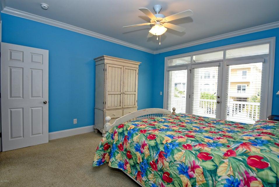 West Ocean Palms Real Estate - http://cdn.resize.sparkplatform.com/ncr/1024x768/true/20170623223551031758000000-o.jpg
