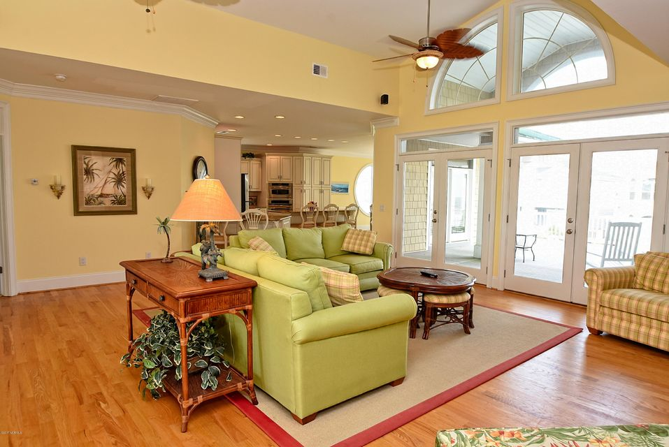 West Ocean Palms Real Estate - http://cdn.resize.sparkplatform.com/ncr/1024x768/true/20170623230209830328000000-o.jpg
