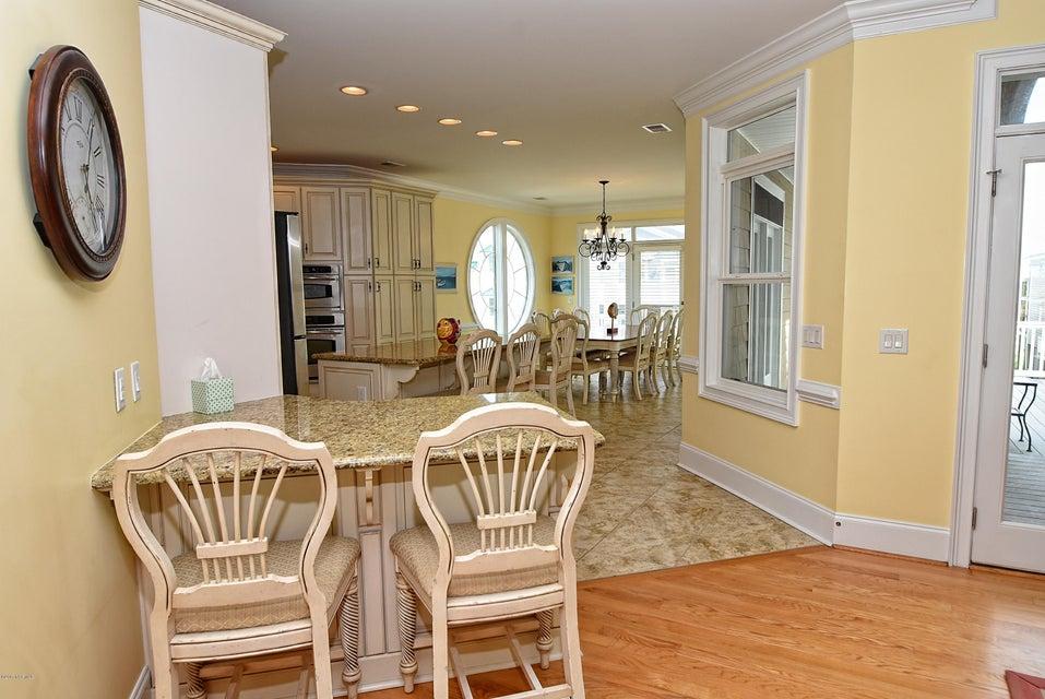 West Ocean Palms Real Estate - http://cdn.resize.sparkplatform.com/ncr/1024x768/true/20170623230342834637000000-o.jpg