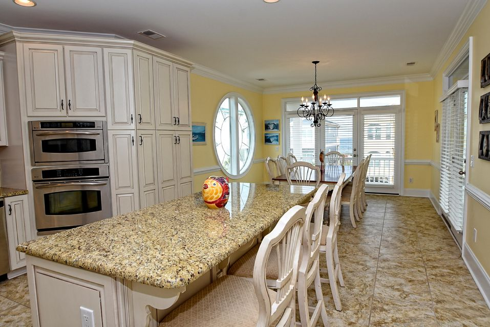 West Ocean Palms Real Estate - http://cdn.resize.sparkplatform.com/ncr/1024x768/true/20170623230425341016000000-o.jpg