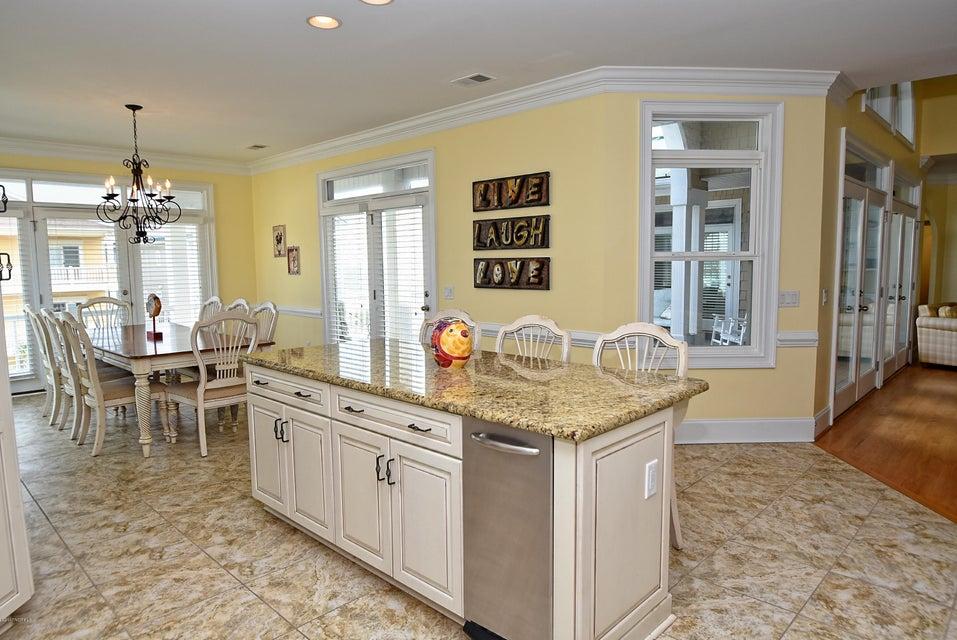 West Ocean Palms Real Estate - http://cdn.resize.sparkplatform.com/ncr/1024x768/true/20170623230549830505000000-o.jpg
