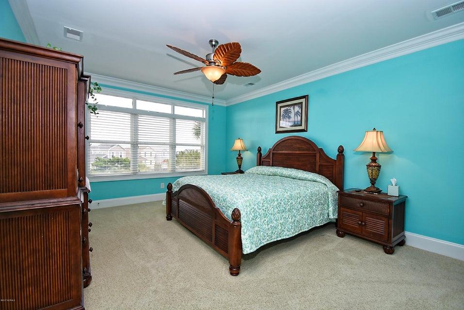 West Ocean Palms Real Estate - http://cdn.resize.sparkplatform.com/ncr/1024x768/true/20170623231004659000000000-o.jpg