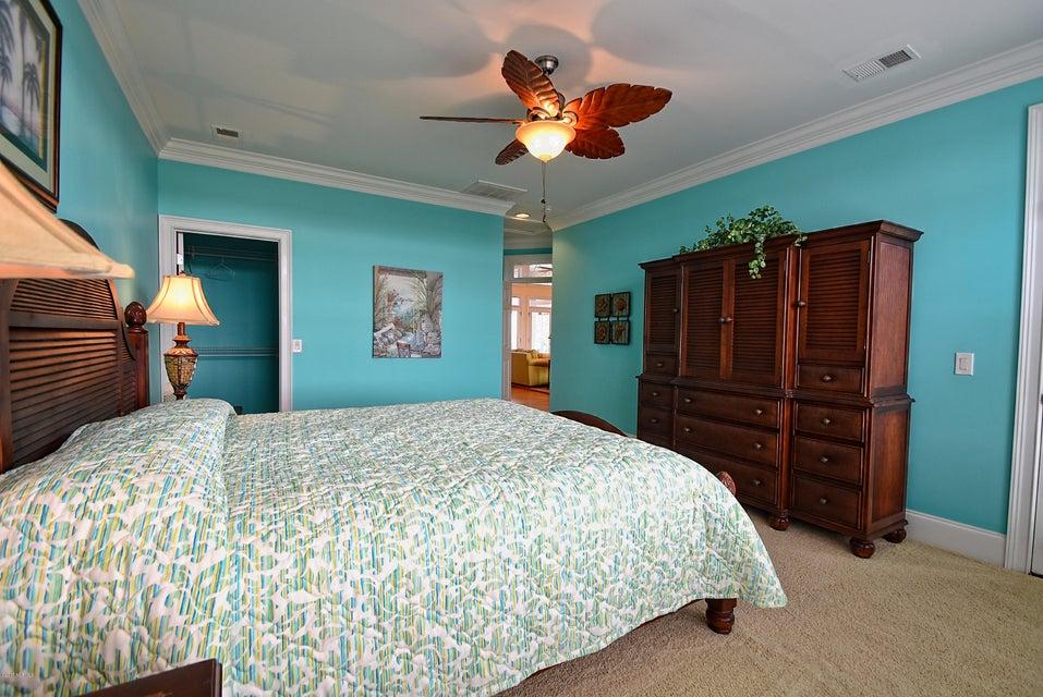 West Ocean Palms Real Estate - http://cdn.resize.sparkplatform.com/ncr/1024x768/true/20170623231053076775000000-o.jpg